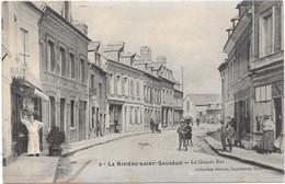 14 LA RIVIERE SAINT SAUVEUR - La Grande Rue - Animée - Otros Municipios