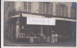 CPA PHOTO - 75 - PARIS (10ème) - COMMERCE ALIMENTAIRE Rue De L'entrepôt Vers 1905 1910 - Belle Qual Photo - Arrondissement: 10