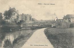 Pecq  Pont Sur L'Escaut. Tram Sur Le Pont - Pecq