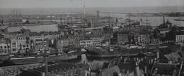 59 DUNKERQUE - Vue Générale Vers Le Port Bateaux à Quai FRANCE General View Towards The Port Boats At The Dock - Koopvaardij