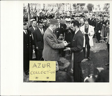 GENERAL DE GAULLE .VOYAGE PRESIDENTIEL EN BRETAGNE .7/8/9/10/11 SEPT 1960 .N°4 . BREST - Famous People