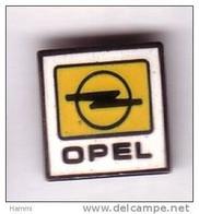 V129 Pin's OPEL LOGO Achat Immédiat - Opel
