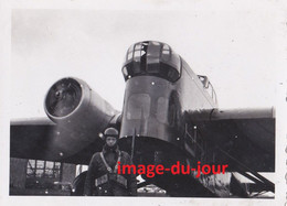 PHOTO ANCIENNE TERRAIN AVIATION DE CHARTRES AVION AMIOT 143 22e ESCADRE 4e ESCADRILLE - Aviation