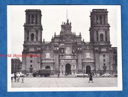 Photo Ancienne Snapshot - MEXICO CITY - Cathedral - Vers 1967 - Histoire Patrimoine Mexique Architecture Camion Auto - Auto's