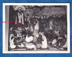 Photo Ancienne Snapshot - MEXICO CITY - Fresque De Diego RIVERA - Vers 1967 - Peinture Histoire Mexique Peintre - Auto's