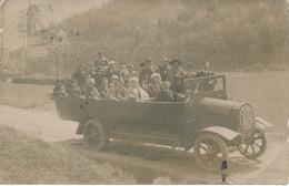 Carte-Photo - Lourdes - Bus / Autocar Mercedes - Basilique (1922) - Auto's