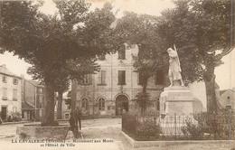 CPA 12 Aveyron LA Cavalerie Monument Aux Morts Et L'Hotel De Ville - La Cavalerie
