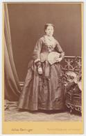 Antique Photo  1871 - CDV - Julius Gertinger - Vienna / Wien - Austria / Osterreich - Lady With Fan - Old (before 1900)