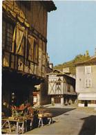 SAINT-CERE. Place Du Mercadial Et Tours De Saint-Laurent - Saint-Céré