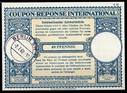 BERLIN ALLEMAGNE GERMANYLo17 60 PFENNIG Int.Reply Coupon Reponse Antwortschein IAS IRC o BERLIN SW11 2.7.62 - Cartas