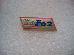 Pin's Moto F62 - Motos