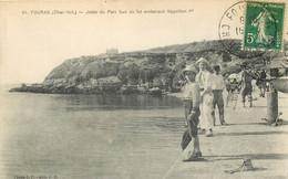 17 - FOURAS - Jetée Du Port Sud Où Fut Embarqué Napoleon 1er - Fouras-les-Bains