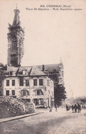 "CAMBRAI "" Place St Sepulcre Animée ""     N°5749 - Cambrai"