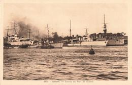 56 Lorient Entrée Du Port De Guerre , Bateau Guerre Marine Militaire Française - Lorient
