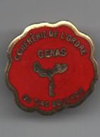 Pin's Confrérie De L'ordre Du Tire__bouchon   GENAS  23 Mm - Bottle Openers