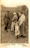 MILITARY - DAILY MAIL BATTLE PICTURES - 91 THE KING AT THE FRONT - Guerra 1914-18