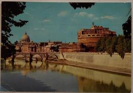 Roma - Castel Sant'angelo E Basilica Di S.pietro Dal Lungotevere - 14 - Formato Grande Viaggiata – E 17 - Castel Sant'Angelo