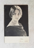Cartolina Postale Figurativa Di Donna, Viaggiata Da Firenze Per Pistoia 1902 - Fotografia
