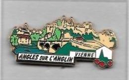 Pin's Ville, Plus Beaux Villages De France  ANGLES Sur L' ANGLIN  Dans La  VIENNE ( 86 ) L.B CREATIONS PARIS  92 T  1.55 - Städte