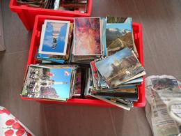 LOT DE 4000 CARTES,CPM,CARTES MODERNES ET SEMI MODERNES,FORMAT 15-10,TRES BIEN POUR INTERNET,TOUT PAYSAGE,ARCHITECTURE - 500 Postcards Min.