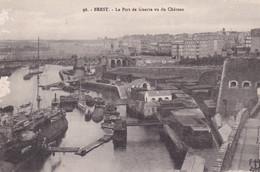 BREST Le Port De Guerre Vu Du Château - Brest