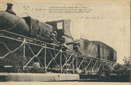 Diksmuide  Belgische Locomotief Verlaten Aan Den Yzer - Diksmuide