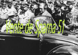 Ferdinand Porsche & Hitler Lors De La Présentation De La VW Cocs Au Peuple (1)  -  Affiche A3 Plastifiée - 1939-45