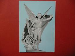 CPM  GRECE OLYMPIE  SCULPTURE  RESTITUTION DE LA VICTOIRE DE PAEONIOS     NON VOYAGEE - Skulpturen