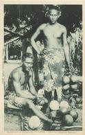 TAHITI - Tahitiens Préparant Leur Repas - Tahiti