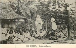 ILES GILBERT -école De Soeurs - Kiribati