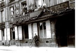 PHOTO - ( 8,7 X 10 Cm) -  Journal De Caen 1912/15 Env. Ministre H. Chéron à Gauche - Repro's