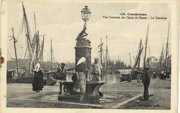 Concarneau Vue Générale Des Quais Du Bassin La Fontaine Animée   Recto Verso - Roscoff