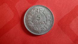 Superbe Pièce De 5 F LAVRILLIER 1949 B - Non Classificati