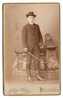 FOTO PHOTO CDV 19 ème SIECLE FRITZ KÜKEN BIELEFELD - BEL HOMME CHAPEAU CANNE (épée ?) BOTTES - 19 Th CENTURY - Antiche (ante 1900)