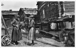 Etude Au Val D'Anniviers - Costume Valaisan - Rateau - Paysannes De Montagne - VS Wallis