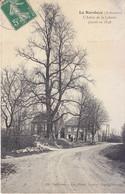 La Hardoye (Ardennes)  L'Arbre De La Liberté Planté En 1848 - Ed. Trébuchet - Lib-photo Nicaise - Otros Municipios