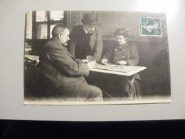 A475  . CPA. 75. Paris Nouveaux. (PARIS).Les Femmes Cocher. Beau Plan Animé. Ecrite & Voyagée 1907 - Straßenhandel Und Kleingewerbe