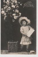 ENFANTS 1408 : Bonne Fête , Fillette Avec Une Lettre ; édit. A & M B N° 18001/1 - Andere