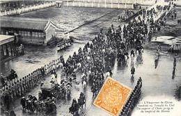 Chine - L' Empereur De Chine Se Rendant Au Temple Du Ciel - China