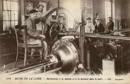 Mines, Mine : Saint-Etienne - (42) Loire - Mines De La Loire - Machinistes à La Montée Et à La Descente Dans Le Puits - Saint Etienne