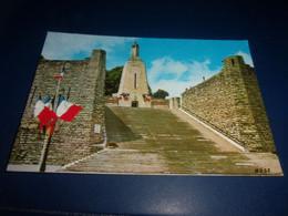 CPA CPSM  MEUSE VERDUN    MONUMENT A LA VICTOIRE - Verdun