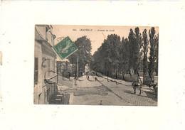 """Chantilly (60)  : L'avenue De Creil Prise Du Restaurant """"Au RV Des Chevaliers"""" En 1909 (animé) PF. - Chantilly"""