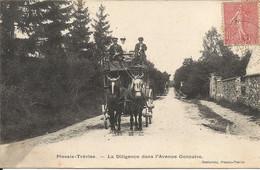PLESSIS-TRÉVISE  -  La  Diligence  Dans  L ' Avenue  Gonzalve  /  Cpa  Envoyée  De  La  Villa  Les  Agaves - Le Plessis Trevise