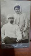 PHOTO ANCIENNE PORTRAIT COUPLE HOMME FEMME MODE HABIT HIVER PHOTO BORLOZ  A. LENZI CHATEAU D'OEX - Persone Anonimi