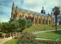 CPSM Fougères-Eglise Saint Léonard   L91 - Fougeres