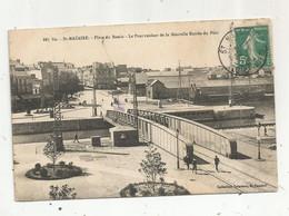 JC, Cp , 44 , SAINT NAZAIRE ,place Du Bassin , Le Pont Roulant De La Nouvelle Entrée Du Port , Voyagée - Saint Nazaire