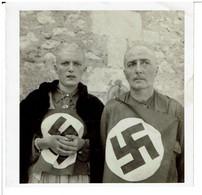 PHOTOGRAPHIE ORIGINALE FEMMES TONDUS  Guerre 39 - 45 WW2 - LIBERATION 1945 -  ( Nominative Et Lieu Mais Protection ) - Guerra, Militares