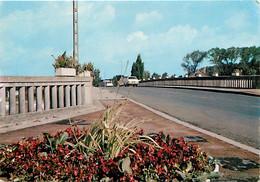 62 - Courrières - Le Pont - Automobiles - CPM - Voir Scans Recto-Verso - Andere Gemeenten