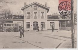 CPA Parc Saint-Maur - La Gare (avec Animation) - Other Municipalities