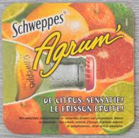 Sous-bock SCHWEPPES Agrum' De Citrus Sensatie Le Frisson Fruité Bierdeckel Bierviltje Coaster (CX) - Portavasos